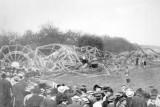 LZ 4 auf dem Flugfeld Echterdingen nach dem Brand